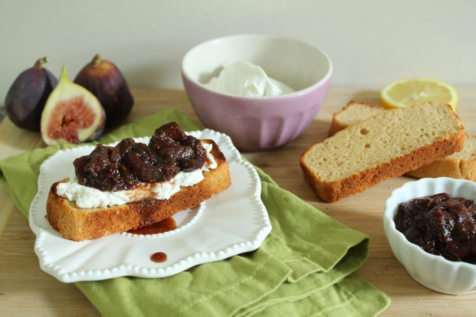 Paleo Fig and Red Onion Chutney