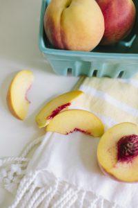 Grilled Peaches #whole30 #paleo #whole30recipes #paleorecipes