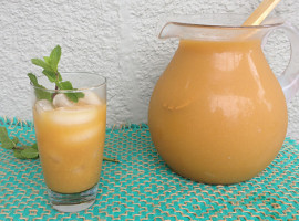 Paleo Fruit Tea #paleo #paleorecipes #whole30 #whole30recipes