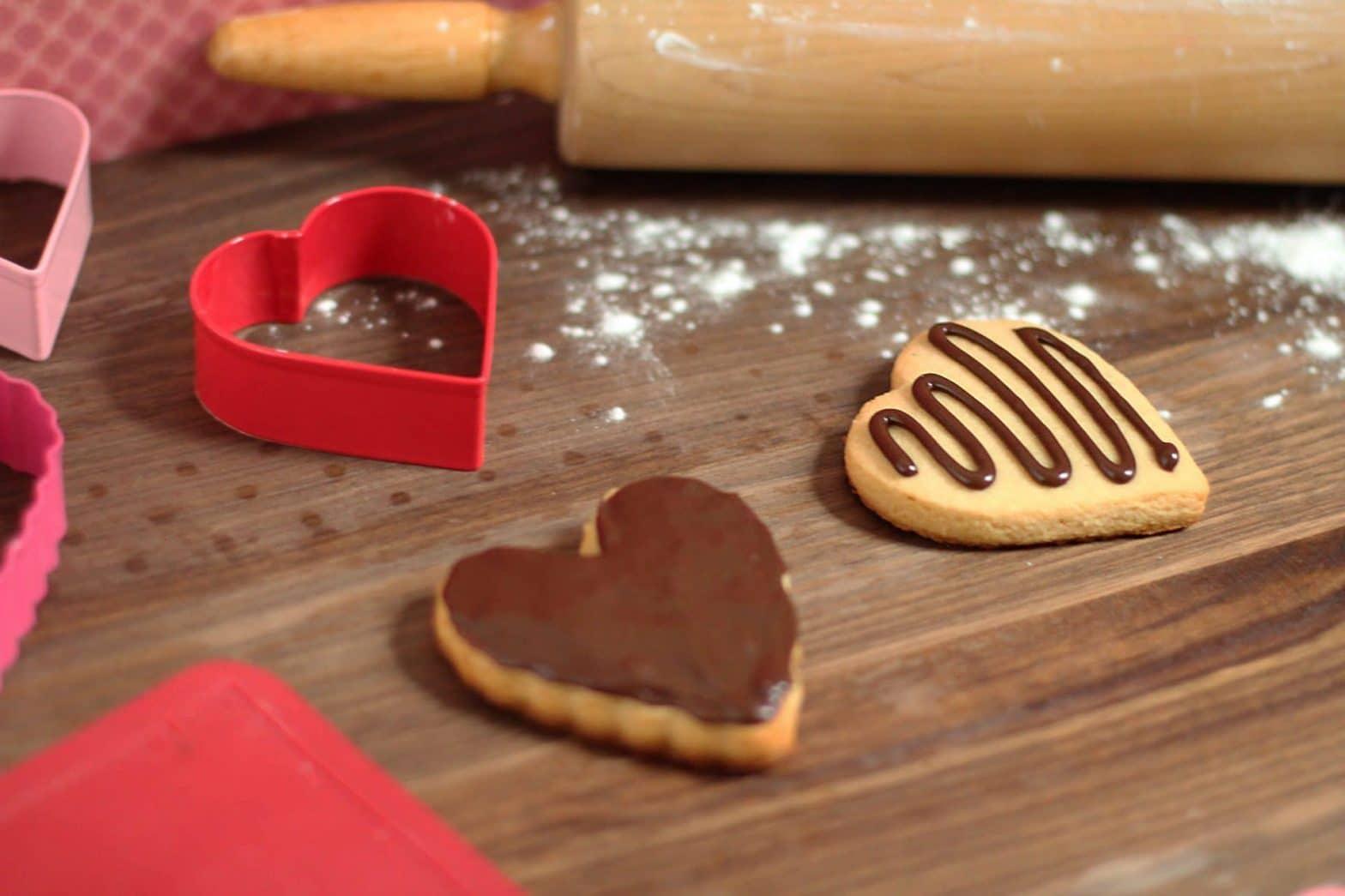 Paleo Chocolate Salted Caramel Icing