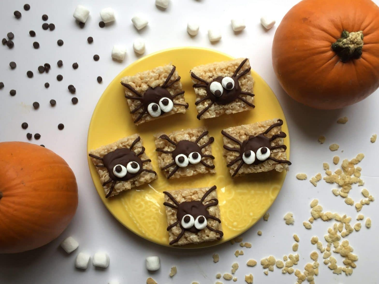 easy halloween treats spider rice krispie treats