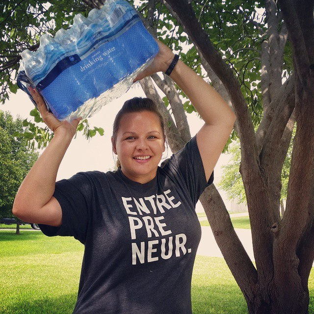 When Dawn hit her first big milestone of losing 20lbs, she held a case of water that was 20lbs! This symbol really helps her to quantify the loss so she can see how far she has come versus how far she has left to go! Great idea, right?!