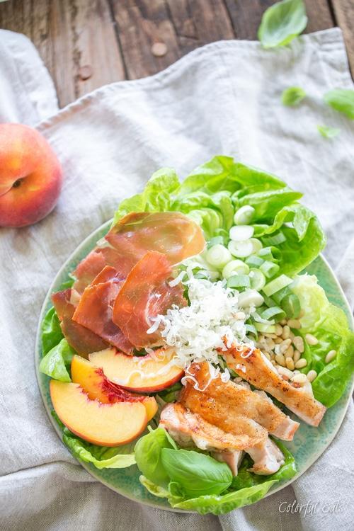 whole30-peach-pesto-chicken-caesar-salad