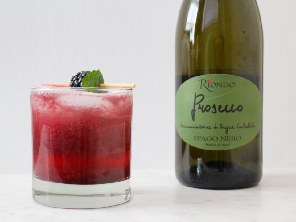 Blackberry Mint Prosecco Cocktail Recipe