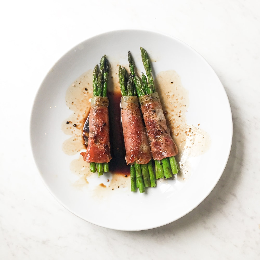 Prosciutto Wrapped Asparagus Recipe (Whole30 + Paleo)