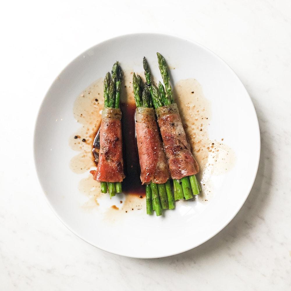 Prosciutto Wrapped Asparagus Recipe (Whole30 + Paleo)