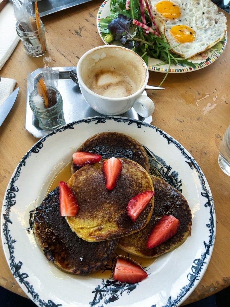 Places to Eat in Paris Café de la Poste