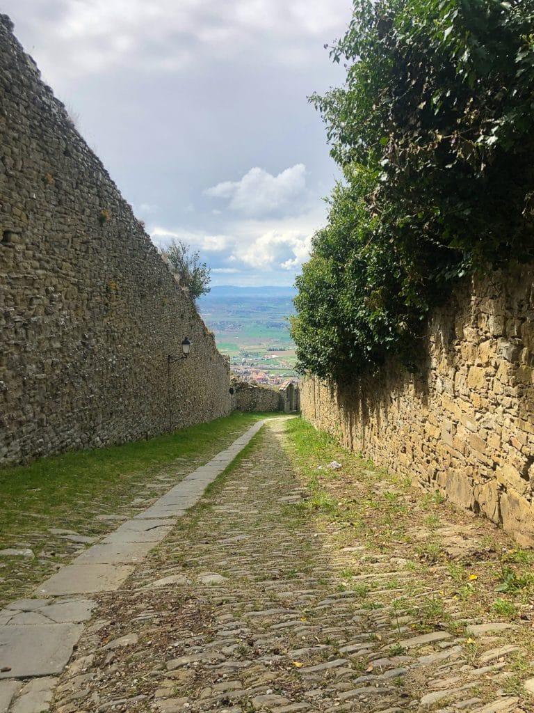 Things to do in Cortona Italy the walk to Santa Margherita