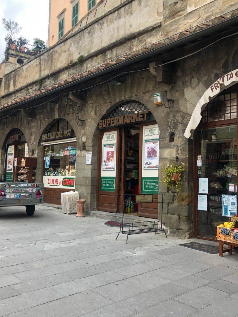 Things to do in Cortona Italy molesini supermarket