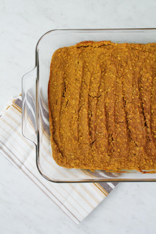 Gluten Free Pumpkin Spice Oatmeal Bars Recipe-3