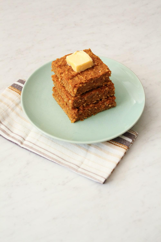 Gluten Free Pumpkin Spice Oatmeal Bars Recipe-7