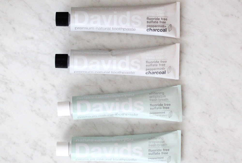 Natural and Organic Toothpastes that are Safe Guide (with EWG Ratings)
