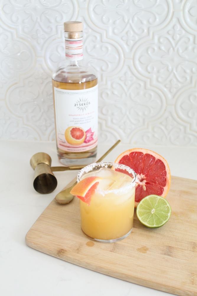 Skinny Grapefruit Margarita Recipe